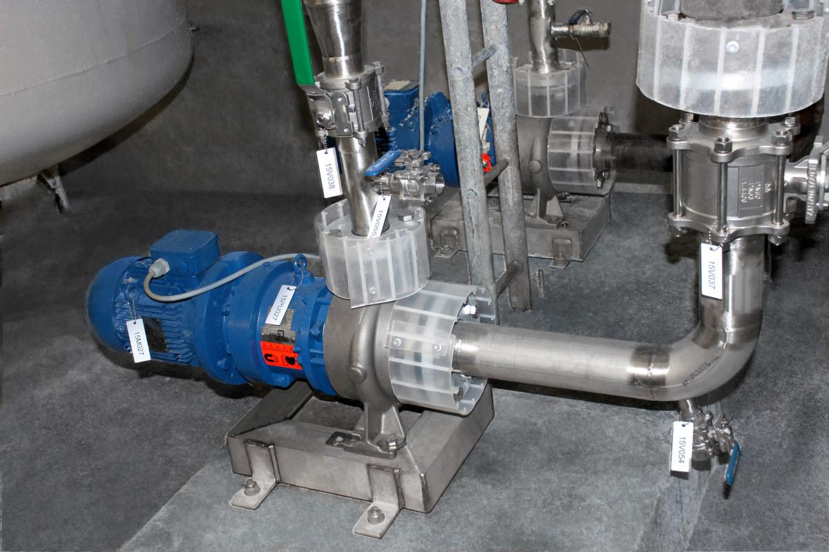 KSB Magnochem hanterar pumpningen av natriumhydroxid och frätande lut.