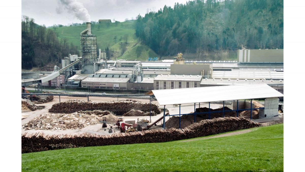 Swiss Krono-fabriken i Menznau i närheten av Luzern/Schweiz