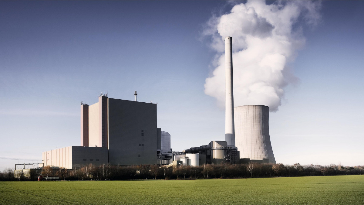Fossil-fuelled power plant