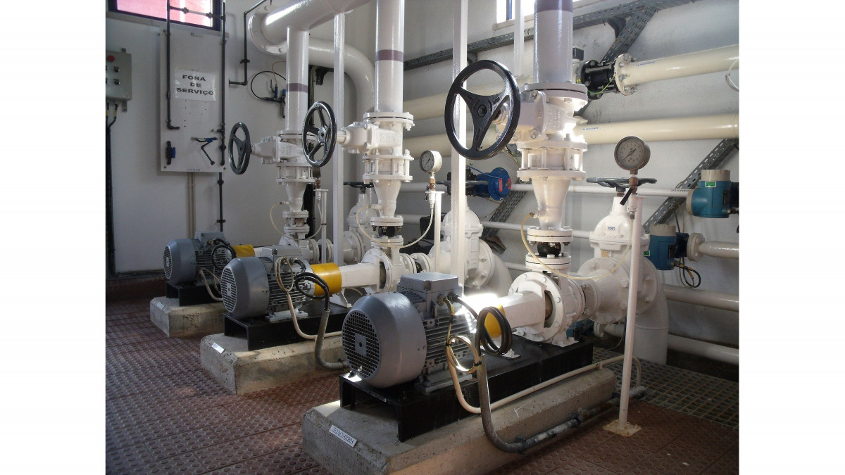 KSB Etachrom horizontal pumps for treated water distribution in the Tavira plant.