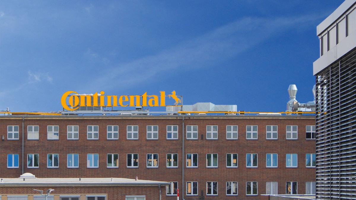 Edificio aziendale di Continental AG ad Hannover visto dall'esterno