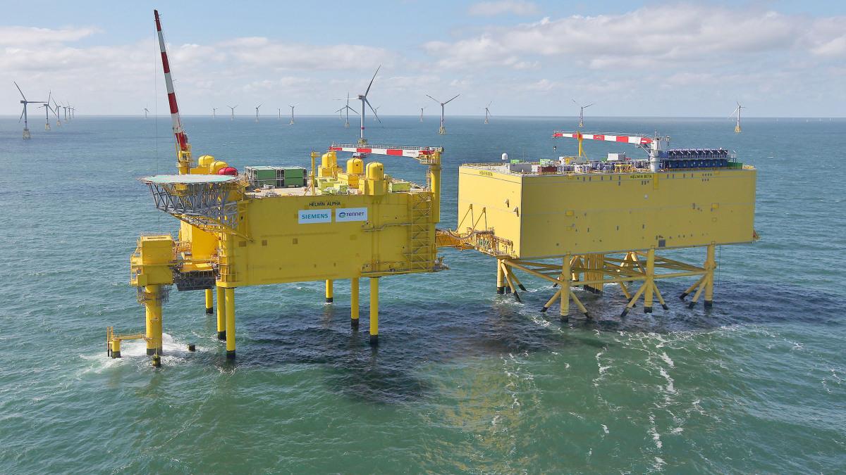 """Konverterplattformen """"HelWin alpha & HelWin beta"""" von TenneT in der Nordsee"""