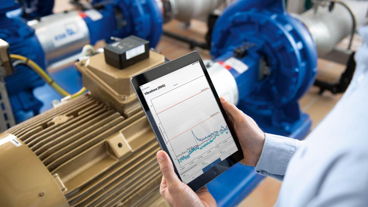 View digital pump status data on a tablet.