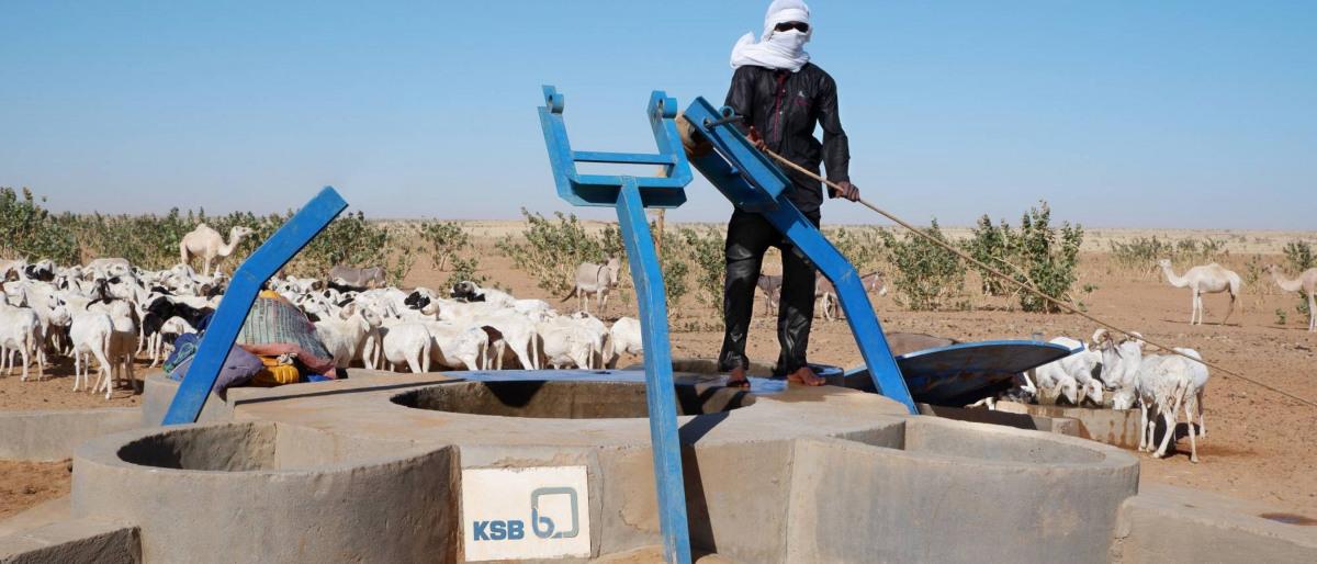 Von KSB unterstütztes Brunnenbau-Projekt in der Sahara