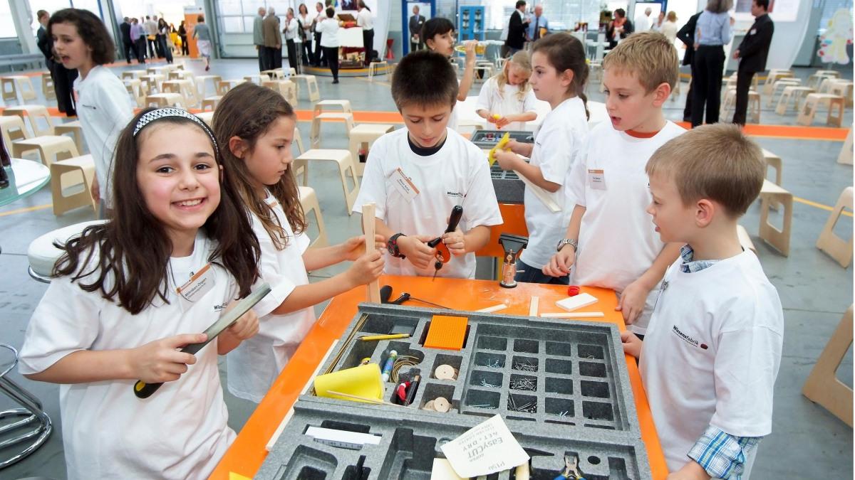Kinder in der Wissensfabrik