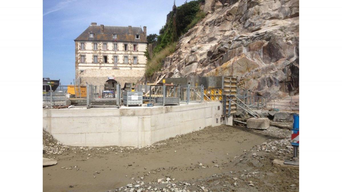 Pumping station Mont St Michel