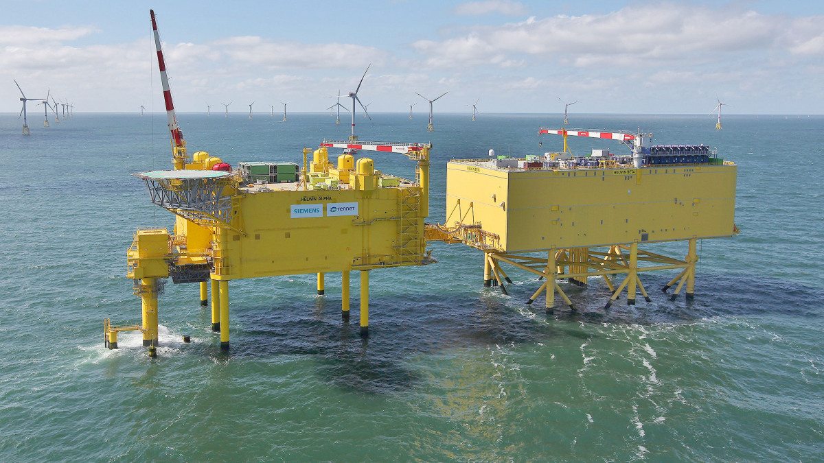 TenneT's converter platforms HelWin alpha & HelWin beta in the North Sea