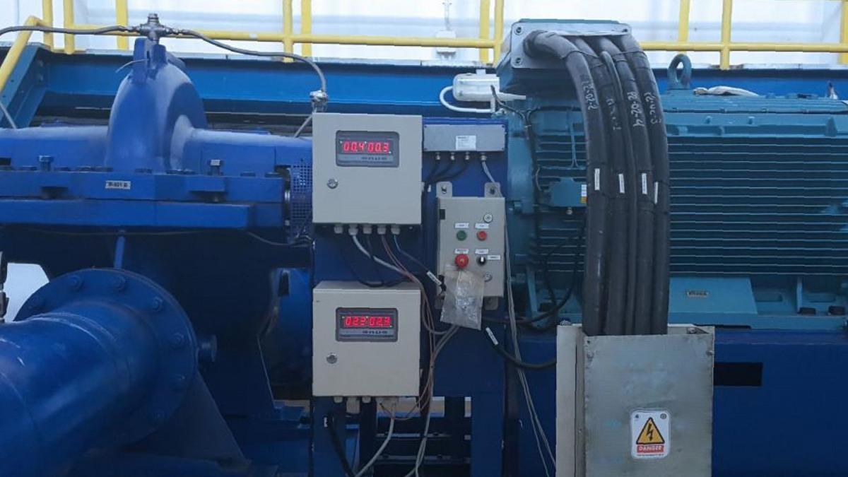 Axial geteilte, einstufige Spiralgehäusepumpen der Baureihe RDLO mit Überwachungssystem.