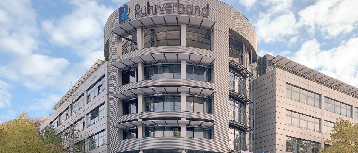 Gebäude der Zentrale des Ruhrverbandes in Essen von außen
