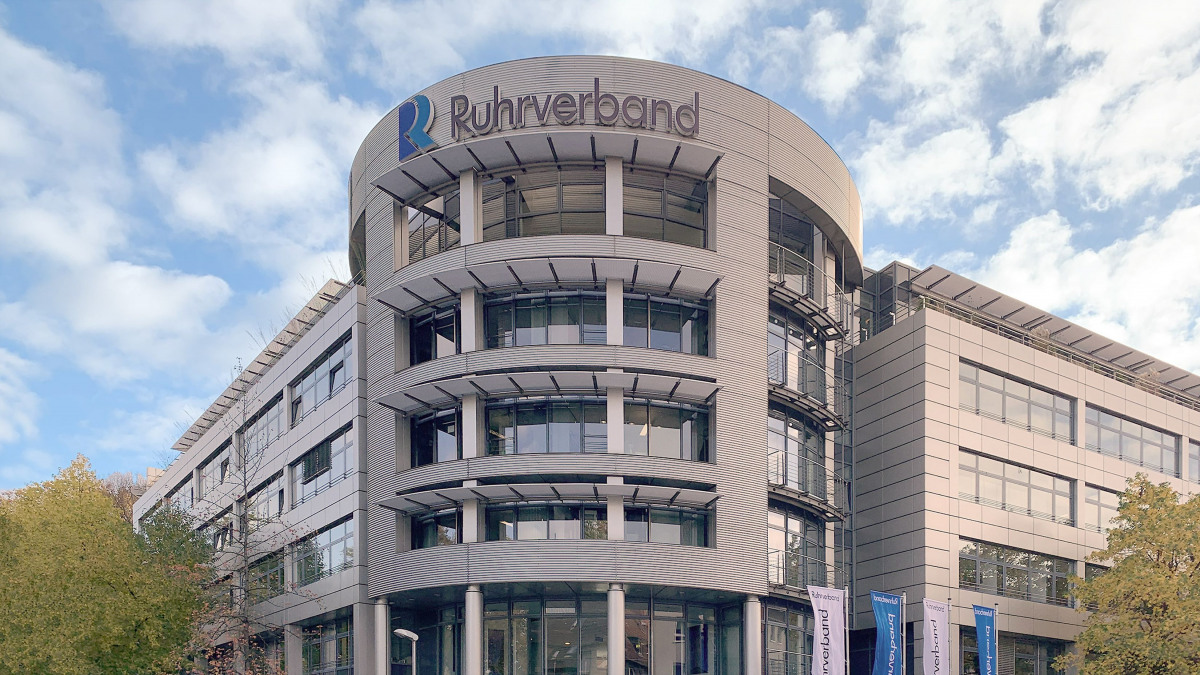 Building containing the Ruhrverband's headquarters in Essen from the outside