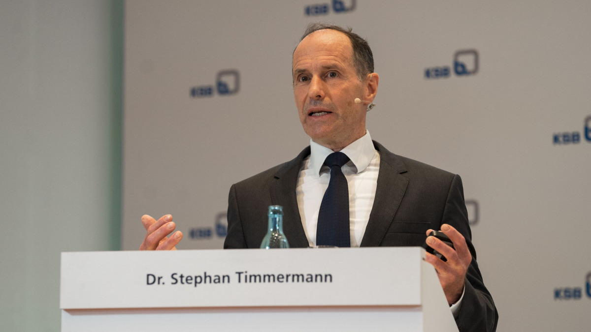 CEO Dr Stephan Timmermann presented the development of KSB's business over the past year.