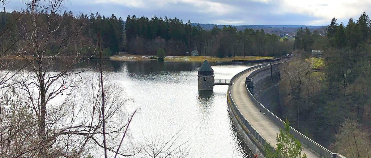 Reservoir and dam of the Dreilägerbachtalsperre near Roetgen