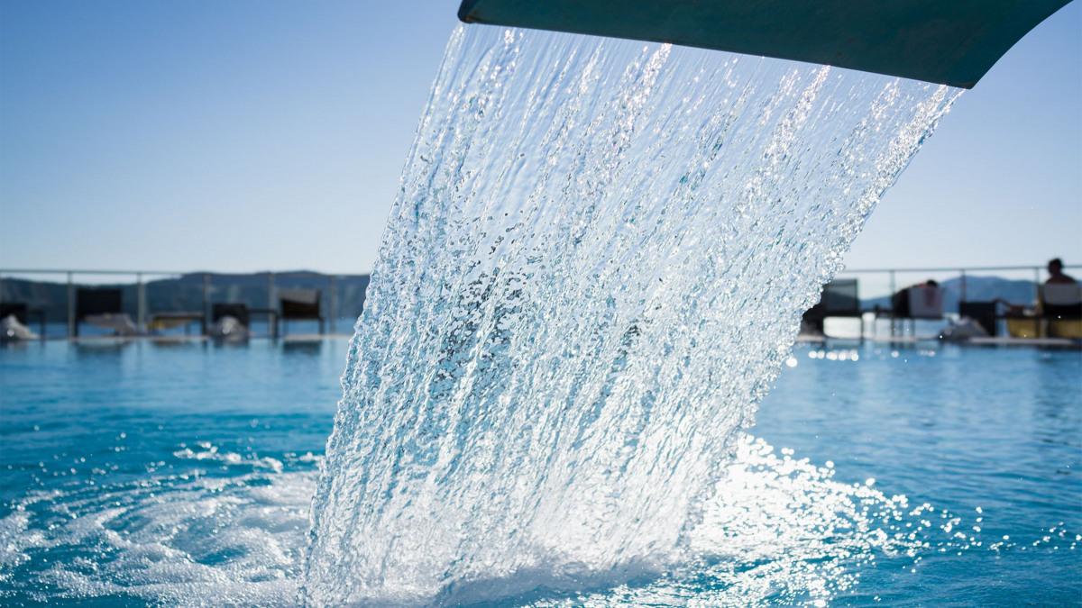 Wasserversorgung im Schwimmbad