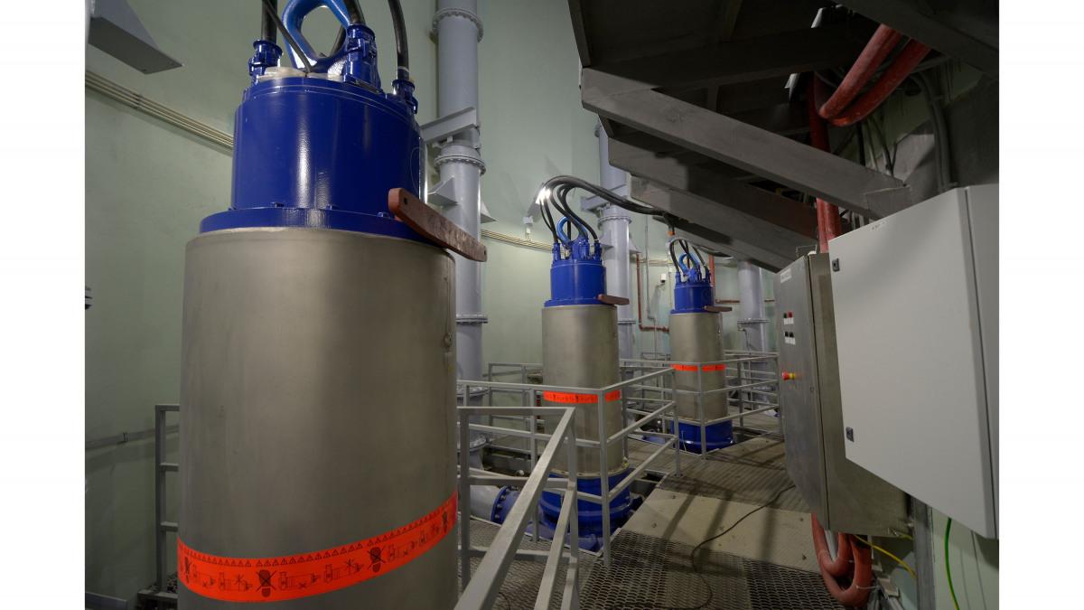 Pompes à eaux usées dans une station de pompage