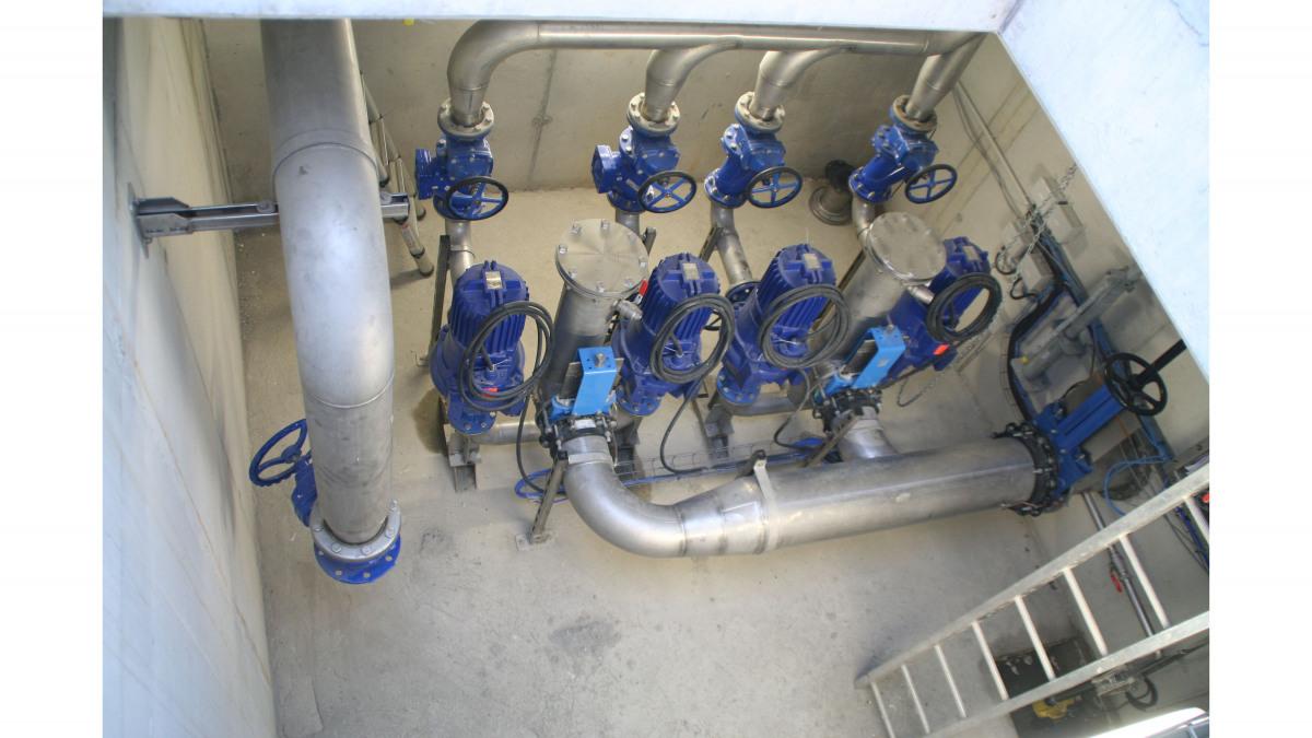 Les pompes Amarex KRT de la station de pompage, vues d'en haut