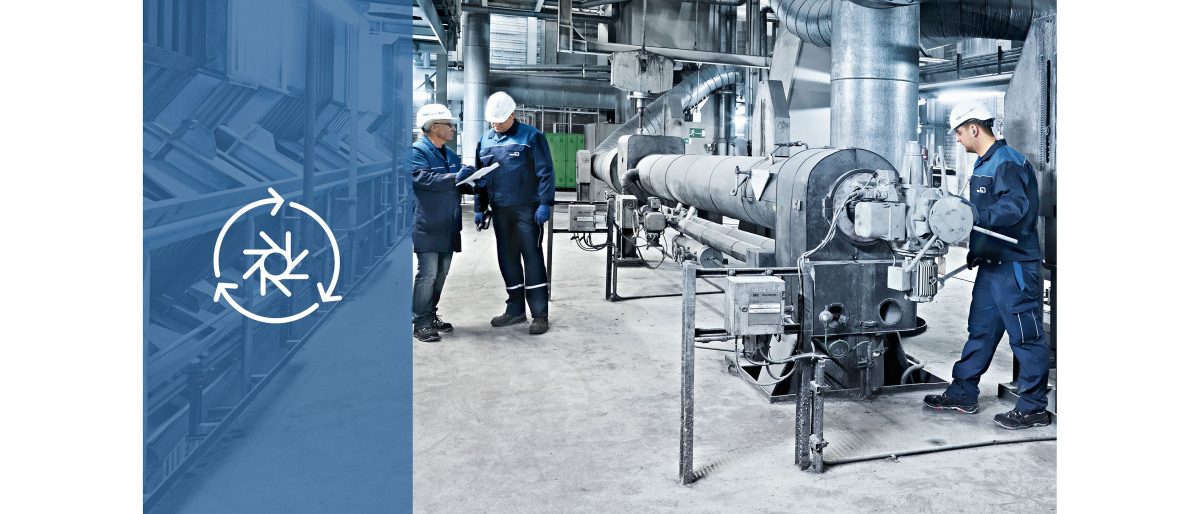 Técnicos de servicio de KSB durante una revisión en una central eléctrica