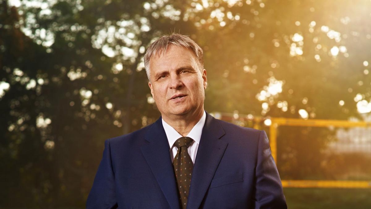 Dr. Matthias Schmitz