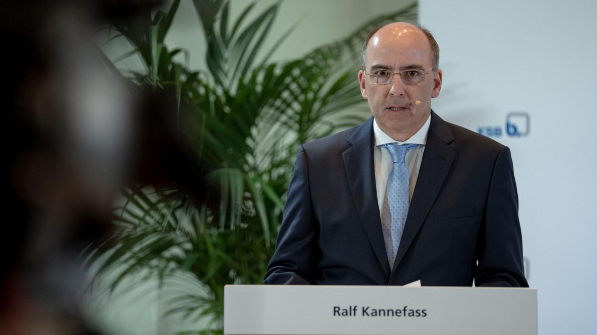Geschäftsführender Direktor Ralf Kannefass