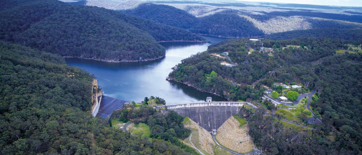 Nepean-Staudamm - Tiefenwasserentnahme-Projekt: der Staudamm
