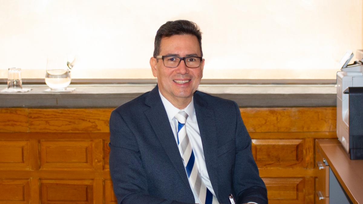 Manuel López Managing Director.